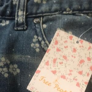 Free People Size 27 Jeans NEW with Tags